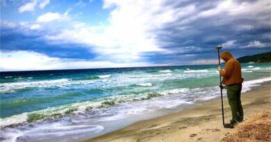 Διάβρωση ακτών: Οι «επικίνδυνες» παραλίες σε Χαλκιδική – Θεσσαλονίκη